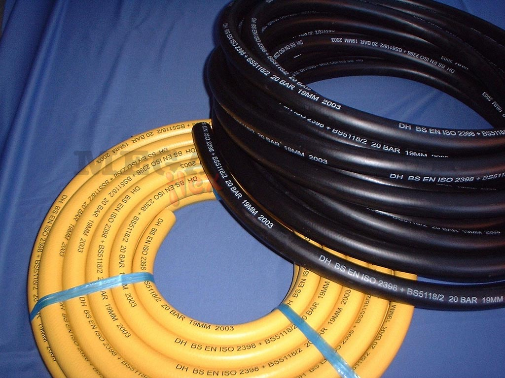 Yellow Cover Long Length Rubber Air Hose 20 Bar